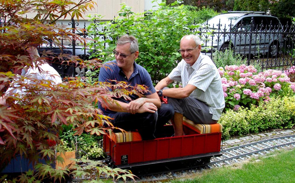 02 Die Fahrt beginnt mit Hans und Edi