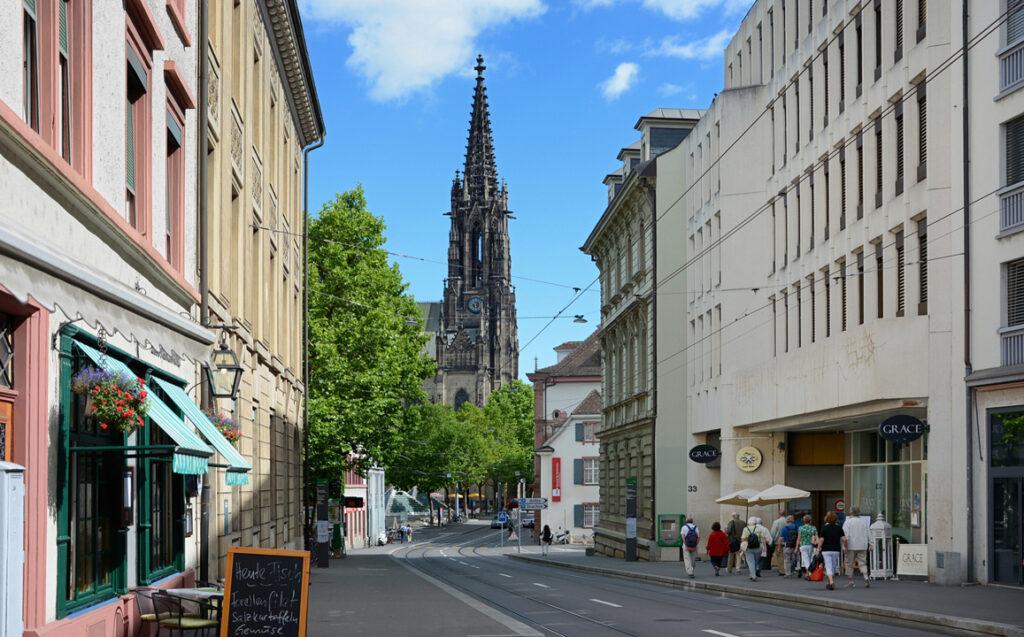 07 Turm der Elisabethenkirche