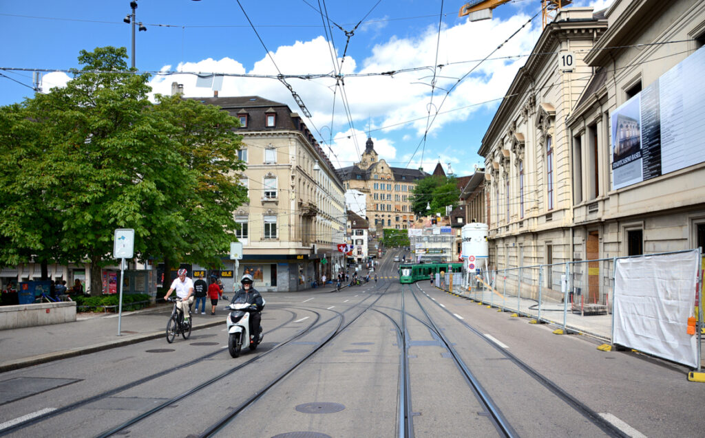 09 Weiter Richtung Barfüsserplatz
