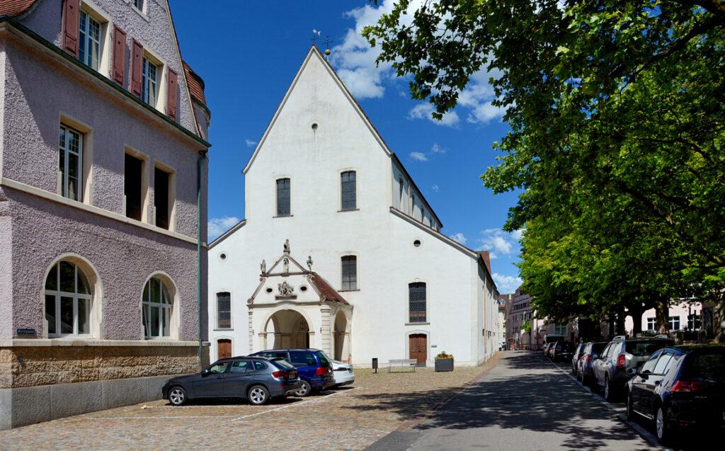 35 Stadtkirche St. Martin von 1146